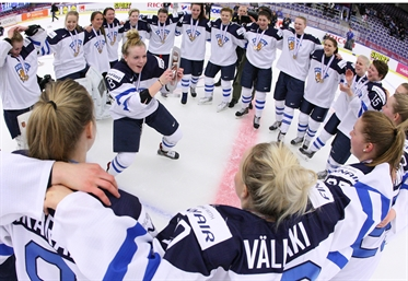 Finns finish off Russia